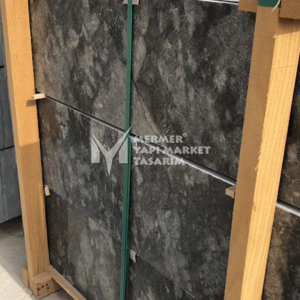 Kutahya Black Marble Stair Step - 3 cm