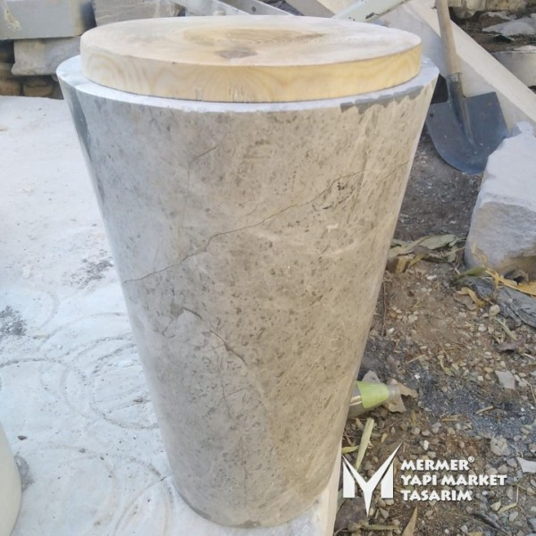 Tundra Gray Marble Seat - With wood Desi...